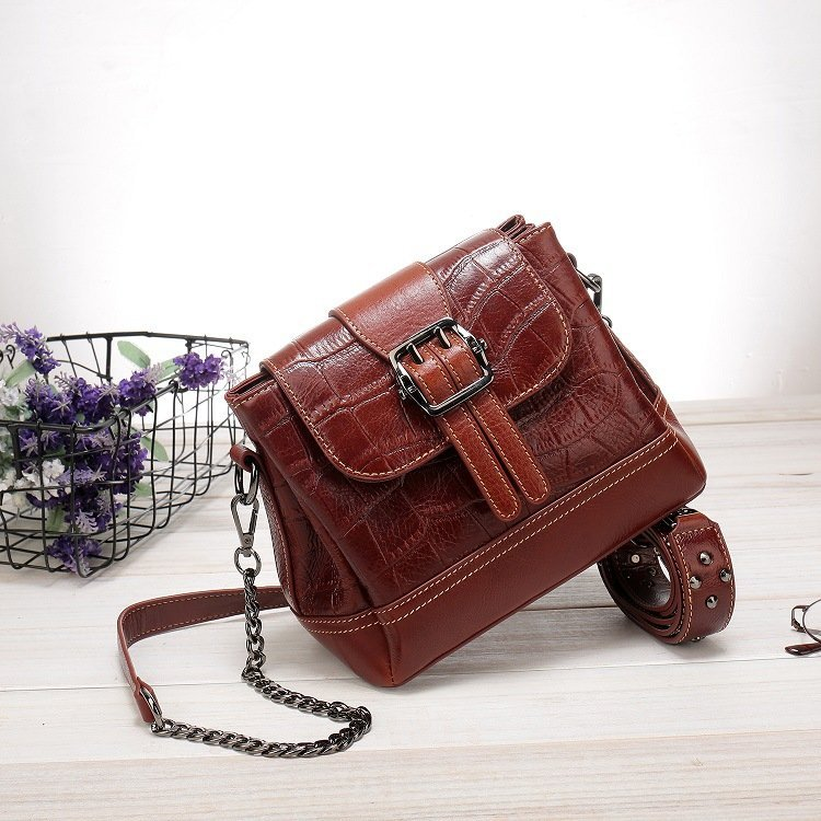 Women's leather handbag, cowhide fashion trend messenger bag. A649-1-2