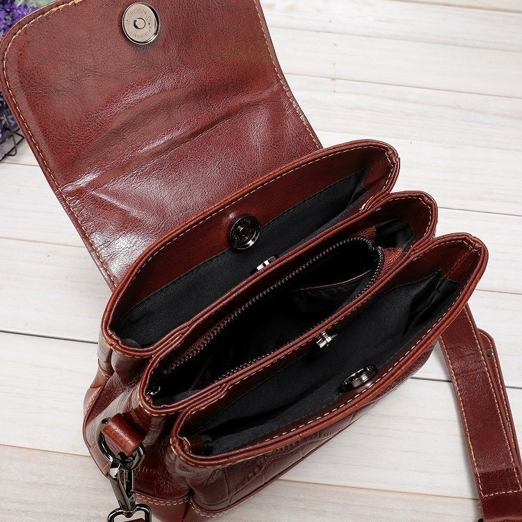 Women's leather handbag, cowhide fashion trend messenger bag. A649-1-6
